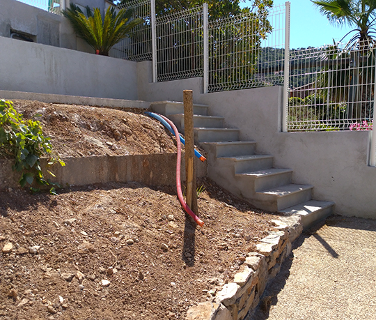 amenagement exterieur Carnoules Var-terrassement Var-viabilisation Var-amenagement paysager Var-creation de jardin Var